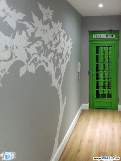 naklejka na drzwi angielska budka telefoniczna zielona